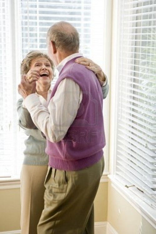 seniordancingcouple